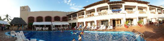 Villas Vallarta by Canto del Sol: Villa section pool