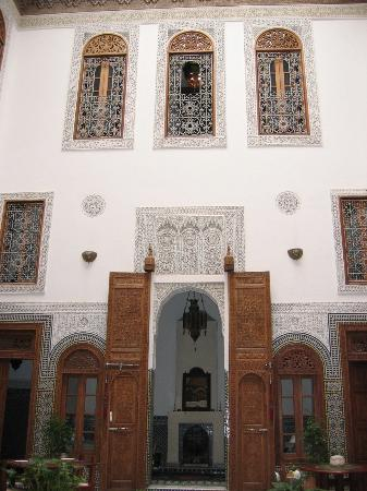 Dar Roumana: room entrance - huge wooden door