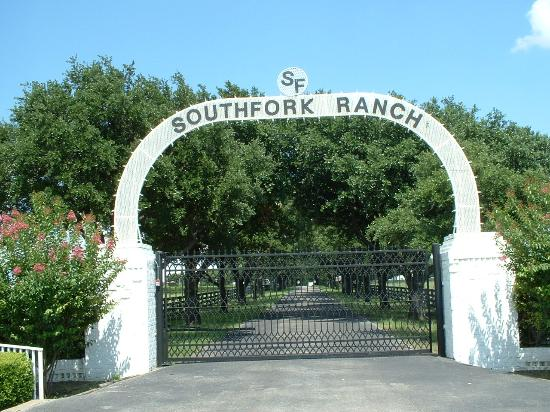La Quinta Inn & Suites Dallas DFW Airport North: Southfork Ranch about 30 minutes from hotel