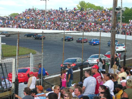 Seekonk Speedway: The spectator drags