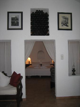 Ikies - Traditional Houses: View of bedroom