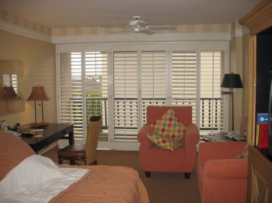 Portola Hotel & Spa at Monterey Bay: Room 459