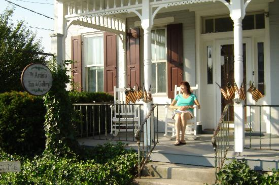 Artist's Inn and Gallery: Front Porch, August 5th