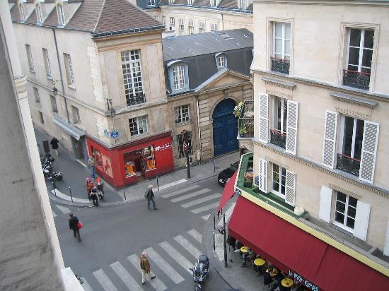 Hotel Le Compostelle Le Marai : Window view