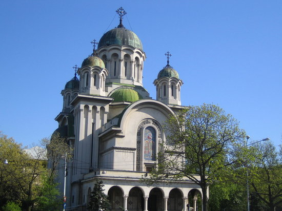 ‪بوخارست, رومانيا: Eglise ortodoxe bucharest Avril 2007‬