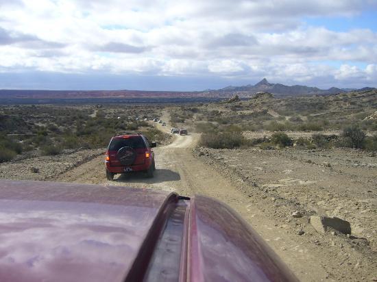 Parque Provincial Ischigualasto: Ischigualasto - Car caravan