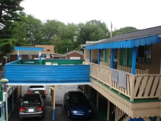 Norman's Motel : View from the second floor