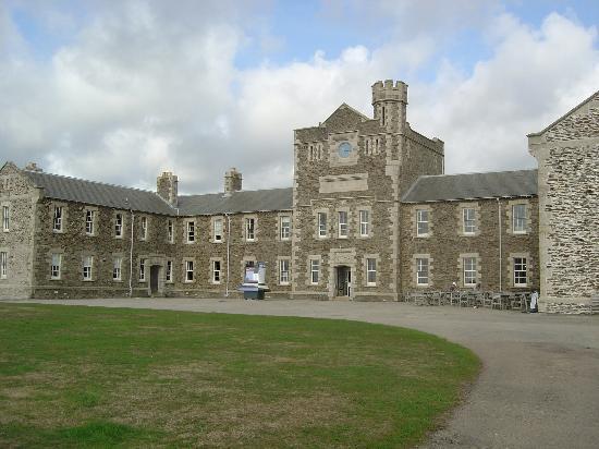 Falmouth, UK : Pendennis barracks