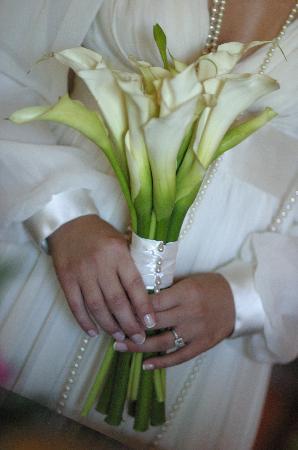 Villa Montana Beach Resort: My Bouquet (arranged by the hotel)