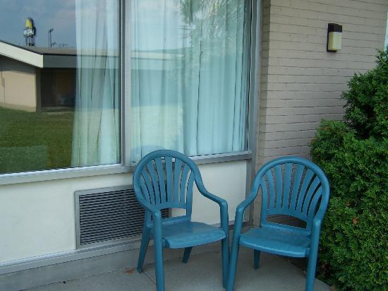 New Stanton Garden Inn: my patio