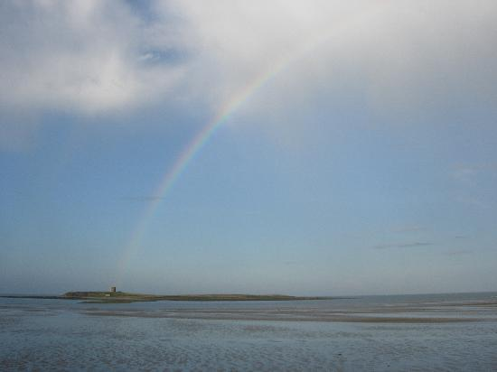 The White Cottages: Rainbow over one of the islands