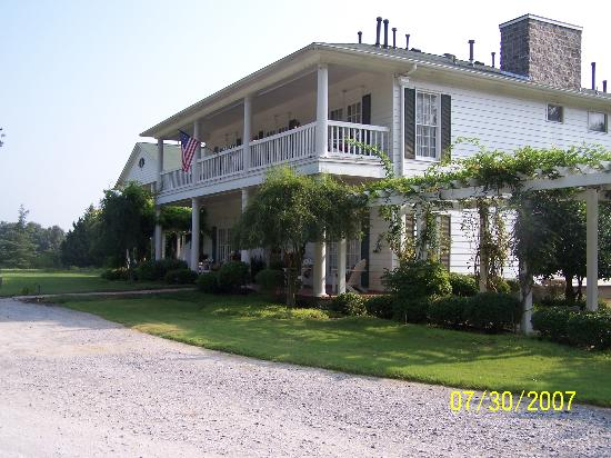 Bonne Terre Country Inn and Cafe : Our building
