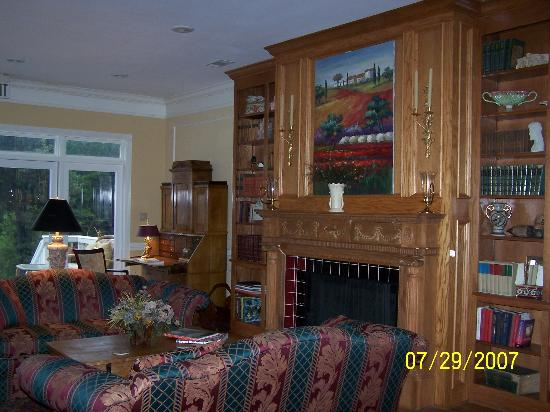 Bonne Terre Country Inn and Cafe : Lobby