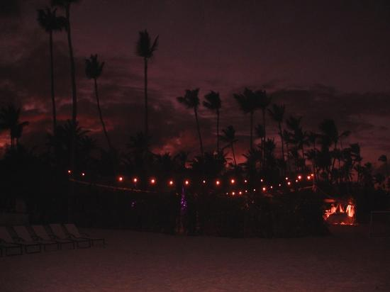 Paradisus Punta Cana Resort: night view of a dance lessons place