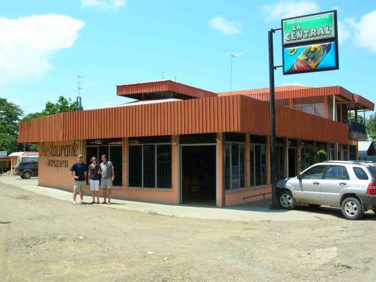 Cabinas La Central