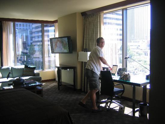 Loews Hotel 1000, Seattle: Grande city room view