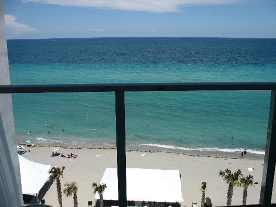 Marriott Hollywood Beach: balcony view