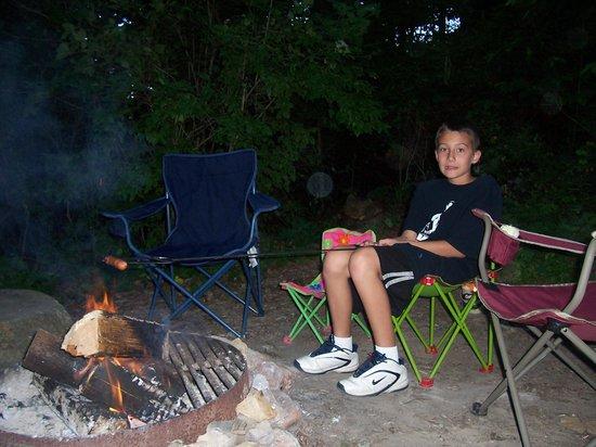 Shawnee State Park: roasting a wiener