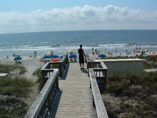 Litchfield Beach & Golf Resort: Beach area at the Bridgewater