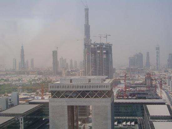 Jumeirah Emirates Towers: View of Burj