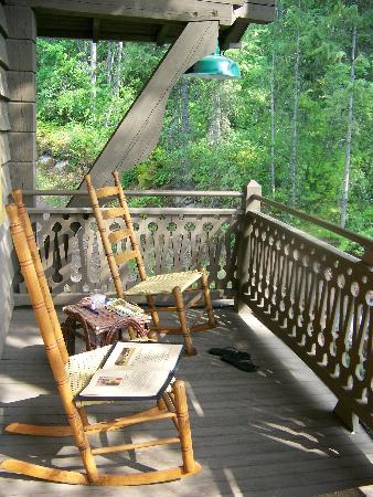 Belton Chalet: Balcony off Honeymoon Suite