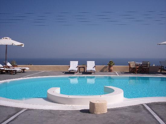 Anemoessa Villa: The fab pool