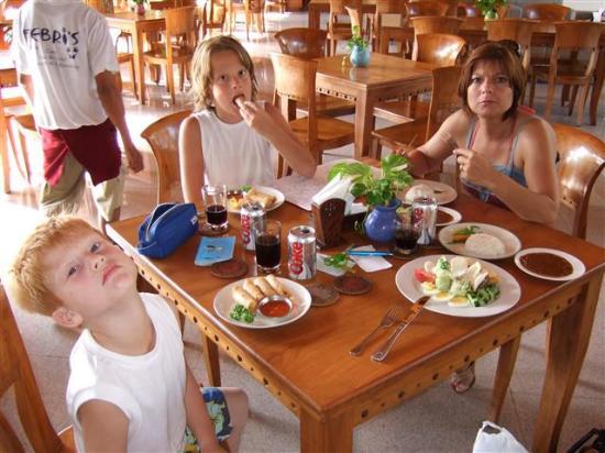 Febri's Hotel & Spa : Lunch/dinner-menu is good.