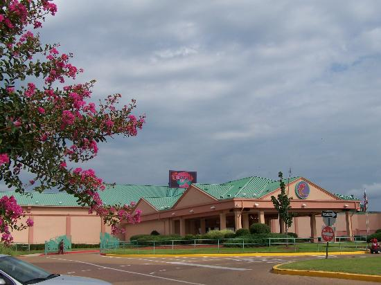Isle of capri casino in tunica, mississippi teen problem gambling