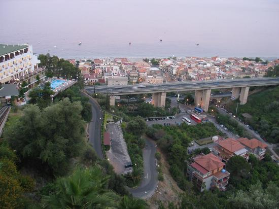 Hotel Antares: Funiculaire de l'hôtel (Olimpo - Terrazze) - Parking de l'hôtel - Navettes gratuites vers...