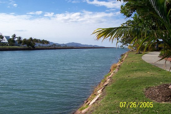 Townsville, Australien: Channel to Magnetic Island