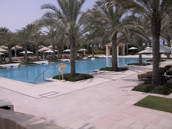 Residence & Spa at One&Only Royal Mirage Dubai: Wopnderful quiet Pool