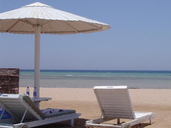 Sonesta Pharaoh Beach Resort Hurghada: Plage de l'hotel