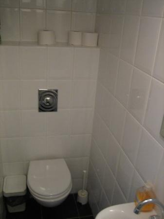 Prinsengracht Canal House : bathroom 2
