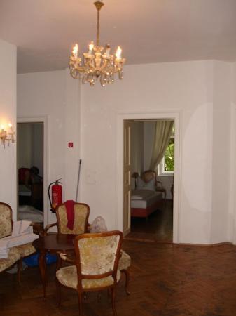 Hotel-Pension Mariandl : Mariandl - 1st floor lobby area