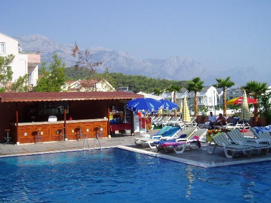 Himeros Club Hotel : Beautiful view from the pool