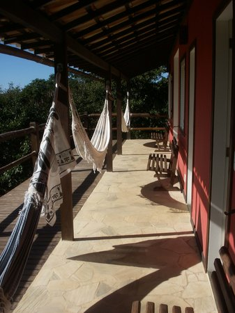 Pousada Vila Pitanga : Hammocks by each room