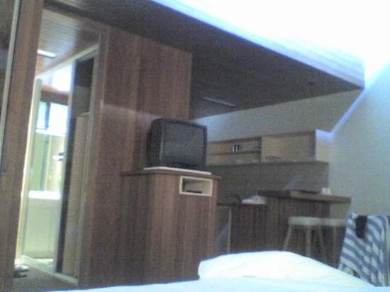 Nautilus Beachfront Villas & Spa: The room