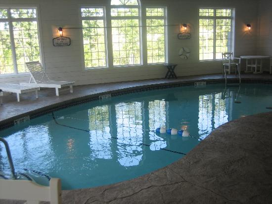 Stormy Point Village a Summerwinds Resort: Indoor Pool