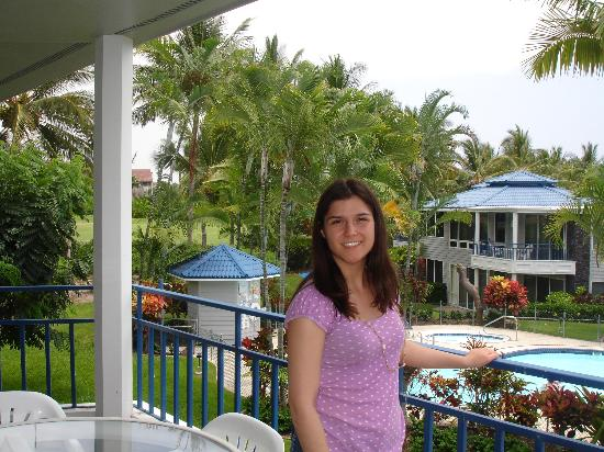 Wyndham Mauna Loa Village: Picture of me with there cheap Walmart lei standing on the balcony over looking the pool