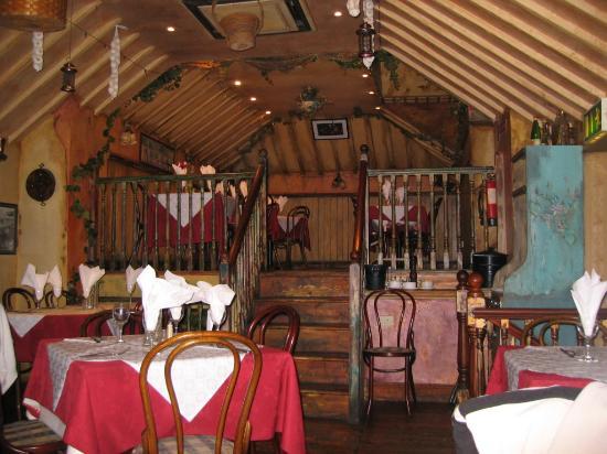 Beechwood Country House: Inside Vinny's
