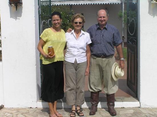 Flores Department, Uruguay: los duenos y yo