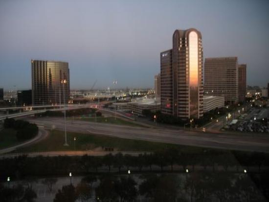 Hilton Dallas Lincoln Centre : Vue arrière