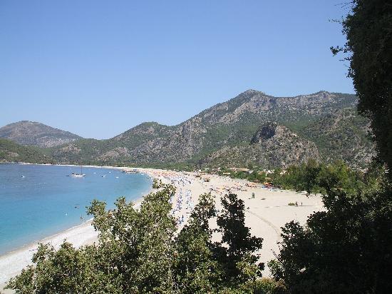 Perdikia Beach: Beach View