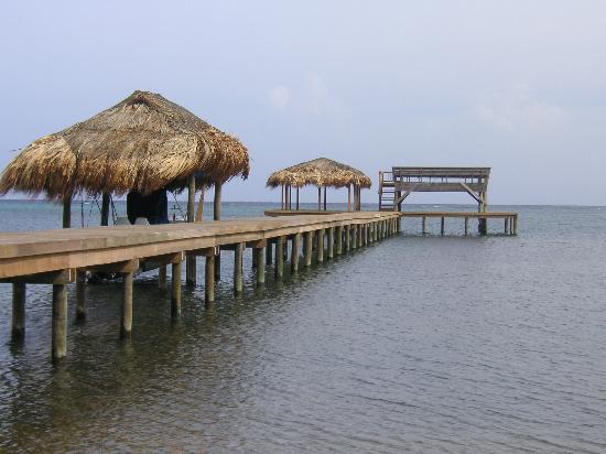 Sundancer Cabanas : Sundancer dock