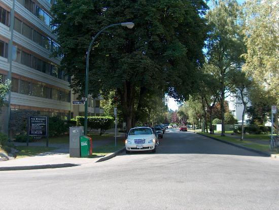 Rosellen Suites At Stanley Park: Nice neighborhood