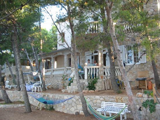 Jelsa, Croatie : Front of Villa