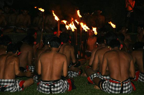 The Chedi Club Tanah Gajah, Ubud, Bali – a GHM hotel : Kecak dance performed at the Chedi - one of the best on Bali