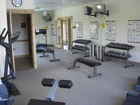 Bear Hollow Village: Gym in Community Center