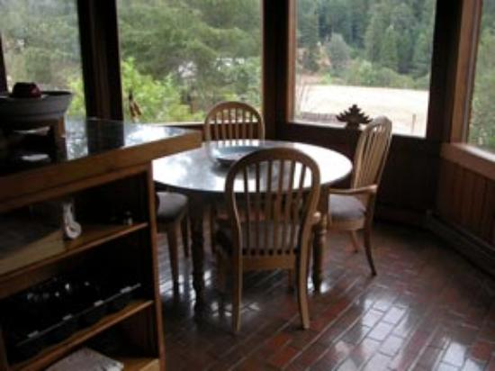 Shambhala Ranch - A Mendocino County Retreat Center : Where we were served breakfast.
