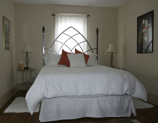Riverwalk B & B: Heavenly Bed